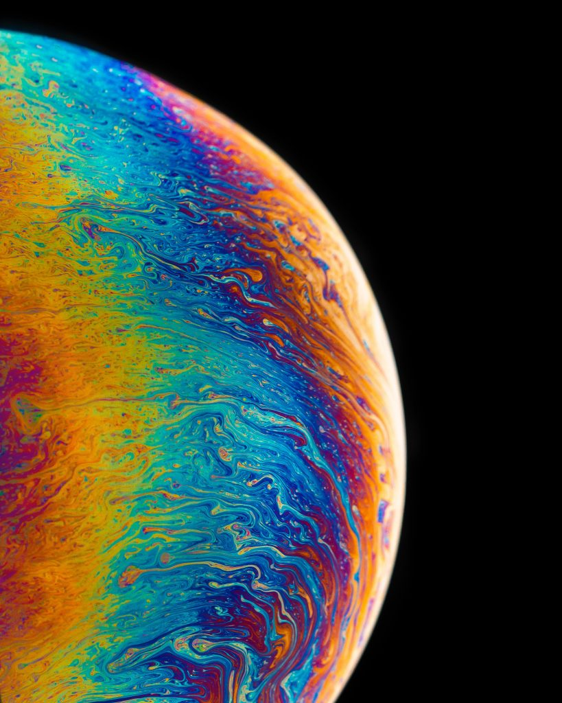 Rainbow spectrum visible in a bubble.
